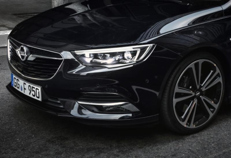 Opel yenilikçi aydınlatma çözümleriyle, karanlığı aydınlığa dönüştürüyor!